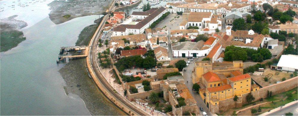 Faro: City scape and river