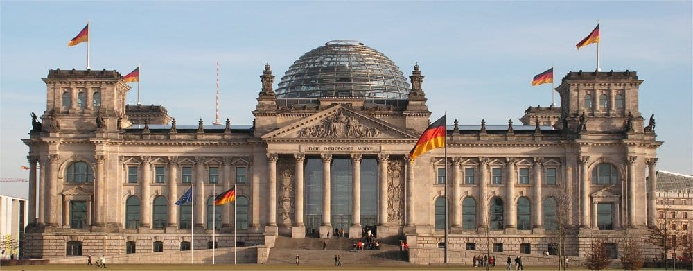 Berlin: Reichstag with flags