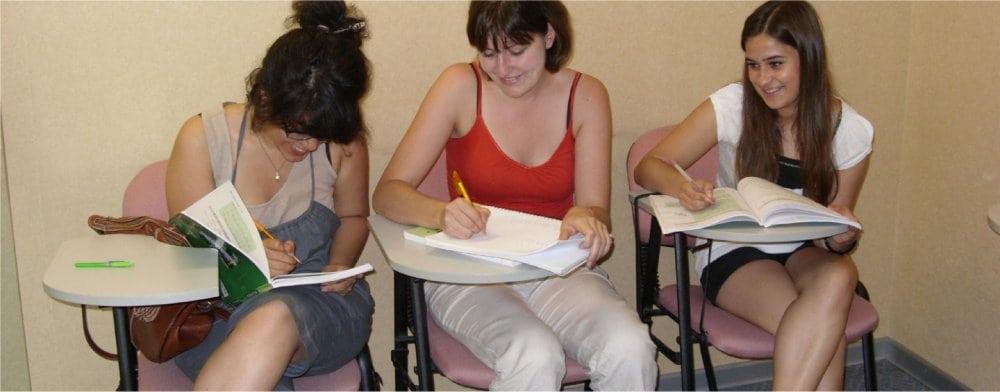 Beijing: Mandarin class in school