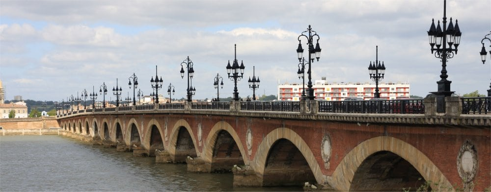 Bordeaux: Bridge