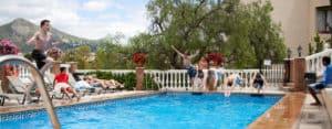 Malaga Boys diving in pool