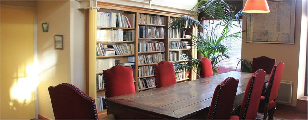 Tours: Library