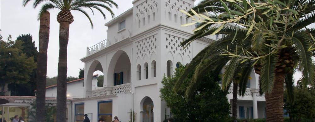 Non-summer residence